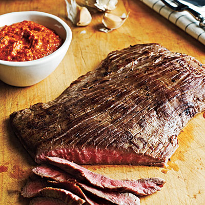 Flank Steak with Romesco Sauce only 262 calories per serving!