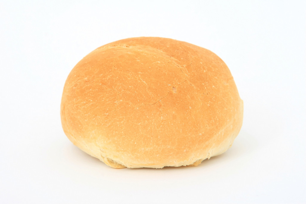 single-simple-bread-roll-1631979-1279x853